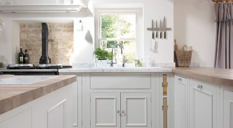 Neptune Chichester Range – Stunning open plan handcrafted country kitchen with Belfast sink and Aga cooker