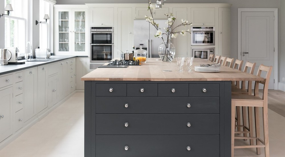Neptune Suffolk Range – Central island unit with solid oak work surface worktop with breakfast bar
