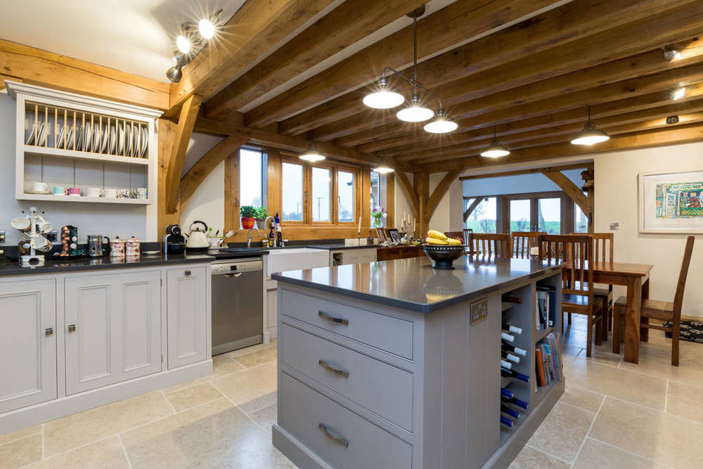 Country kitchen for a Warwickshire Airbnb