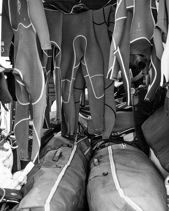 Neoprene cavern 🦇. 📷 @matt_georges . #manerawatermen #staysalty #islandsofthestrangers #wetsuit