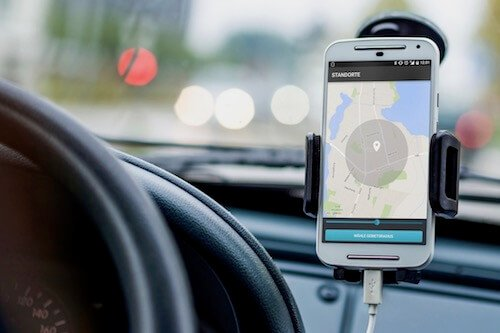 Vi kan leverer Epi-Care mobile med en smartphone, så du har en telefon dedikeret til at overvåge epileptiske anfald.