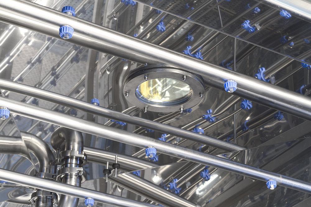 AC 8000 light in the chamber.jpg