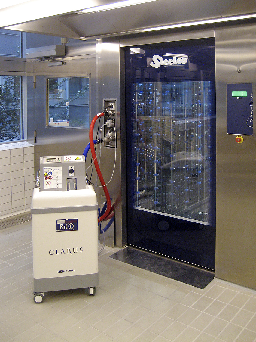 AC 8000_clean side Astra Zeneca with Clarus.JPG