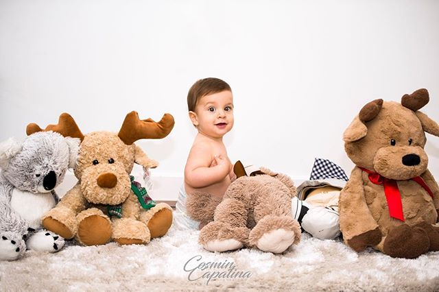 David and friends  #babyphotography #thephotographer #baby #toys #happy #uk #maternityphotography #sweet #handsome #smile #playing