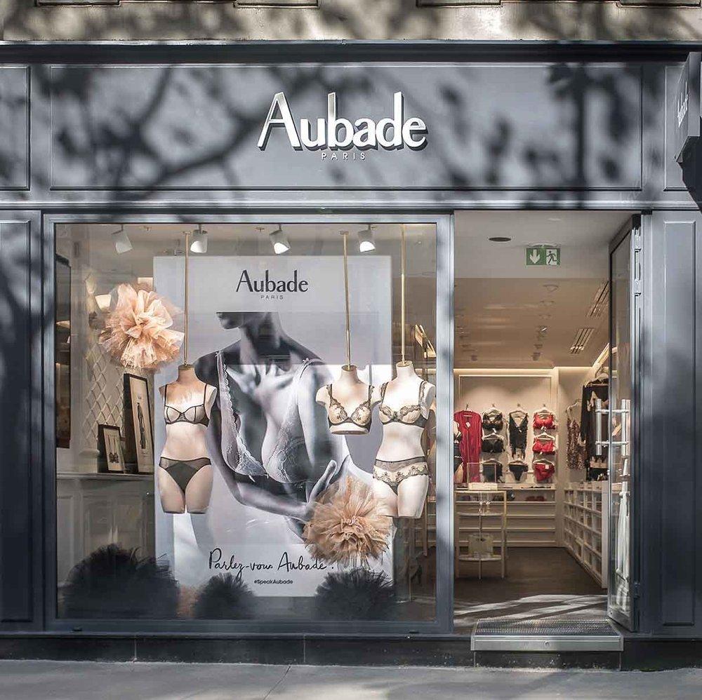 Aubade, Paris