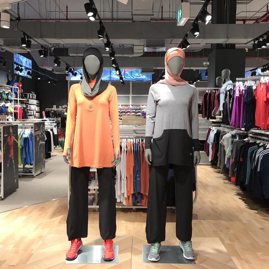 Oola Sportswear, Sports Corner, Qatar