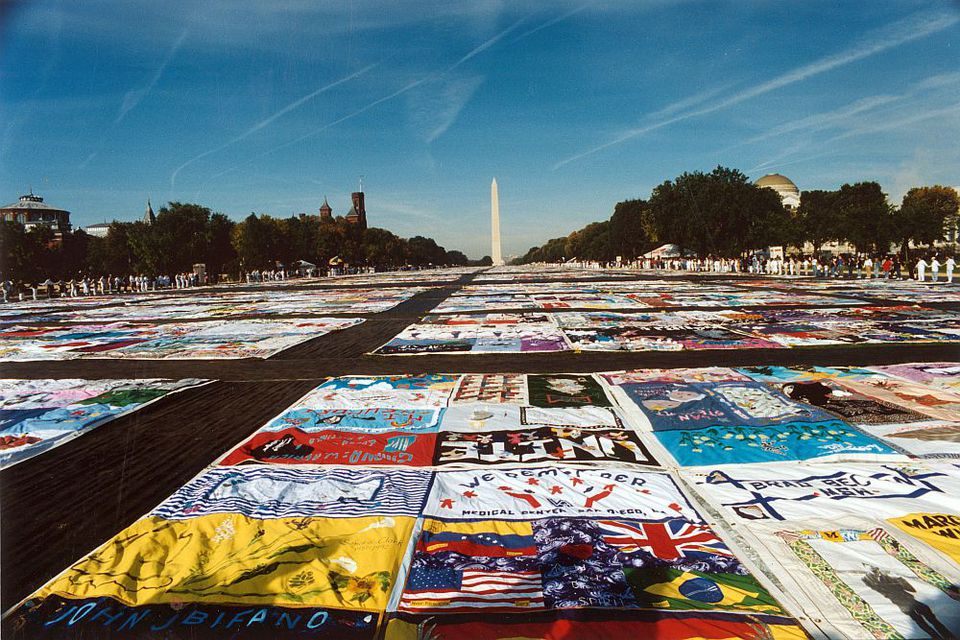AIDS-Memorial-Quilt-National-Mall-56a2353d3df78cf7727346e9.jpg