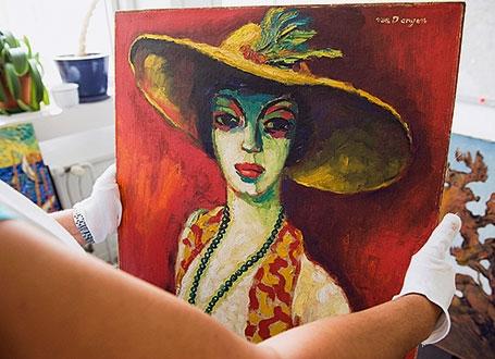 Portrait de la femme au chapeau, « un Van Dongen » saisi lors de l'arrestation du peintre. © Katja Hoffmann/LAIF-REA
