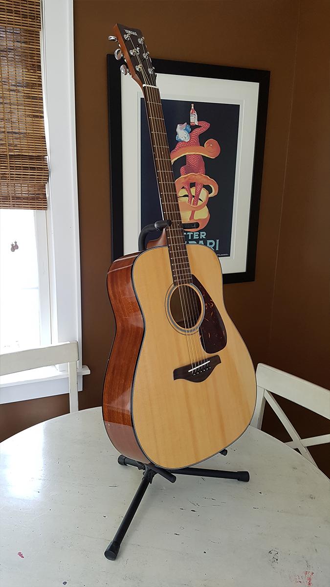 2_guitar.jpg