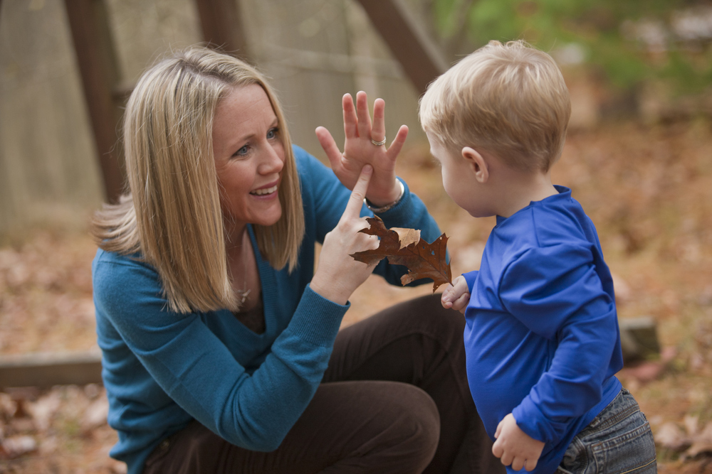 kansas-deaf-blind-project-mother-teaches-son
