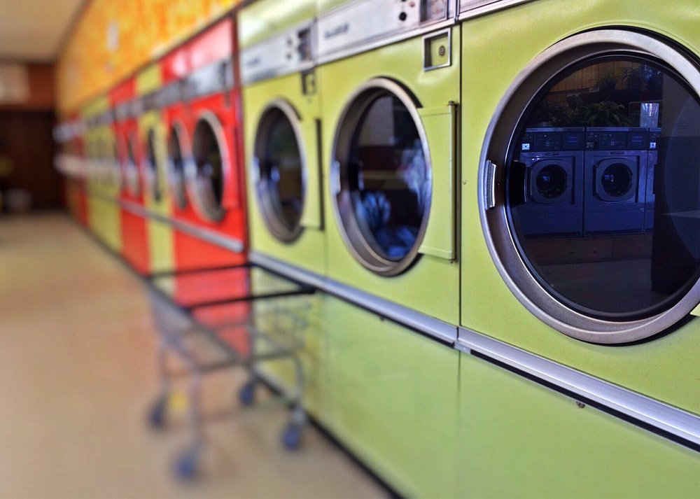laundry-1368552_1920.jpg