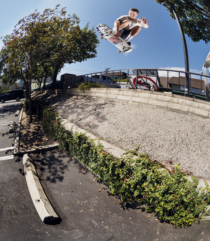 02.55pm-JAKE-ANDERSON---JAPAN---LOS-ANGELES---PETERS0083_670.jpg