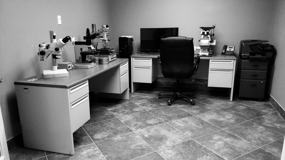 Metallograph room black and white.jpg