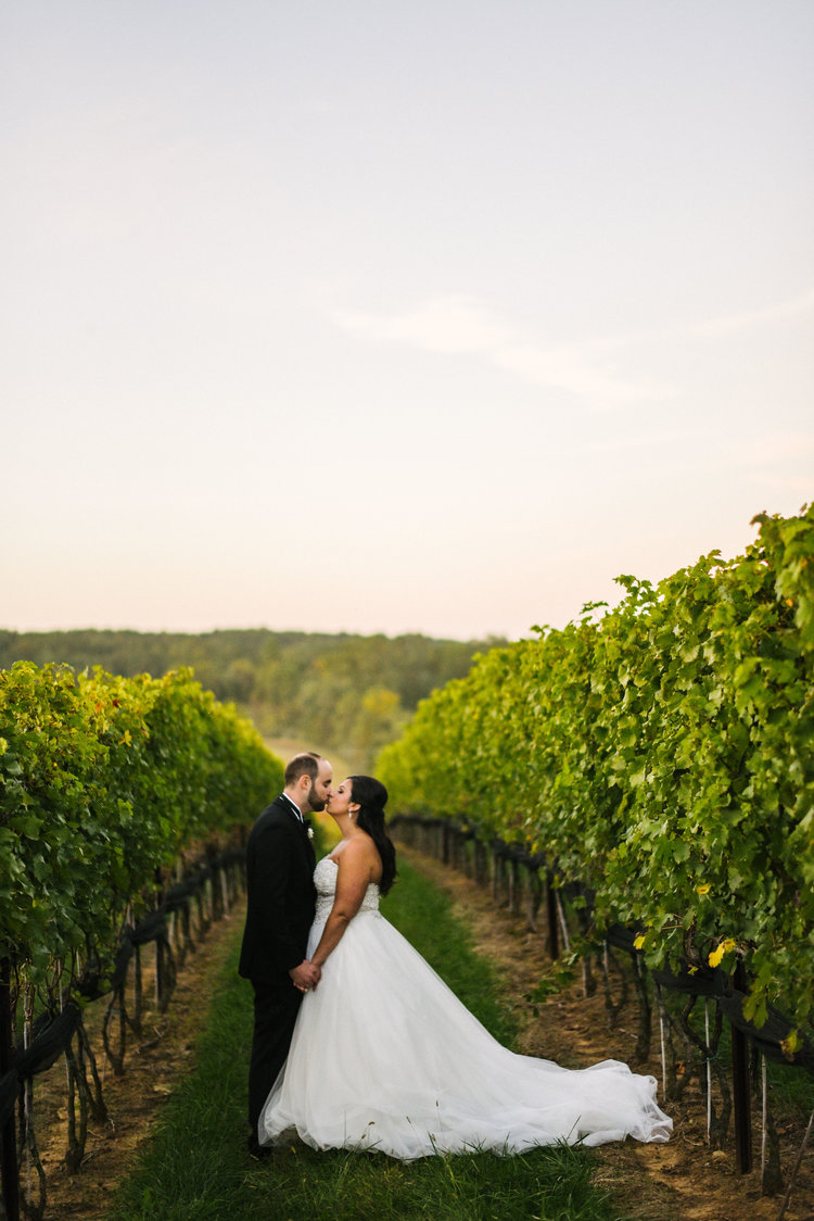 BLACK TIE WINERY