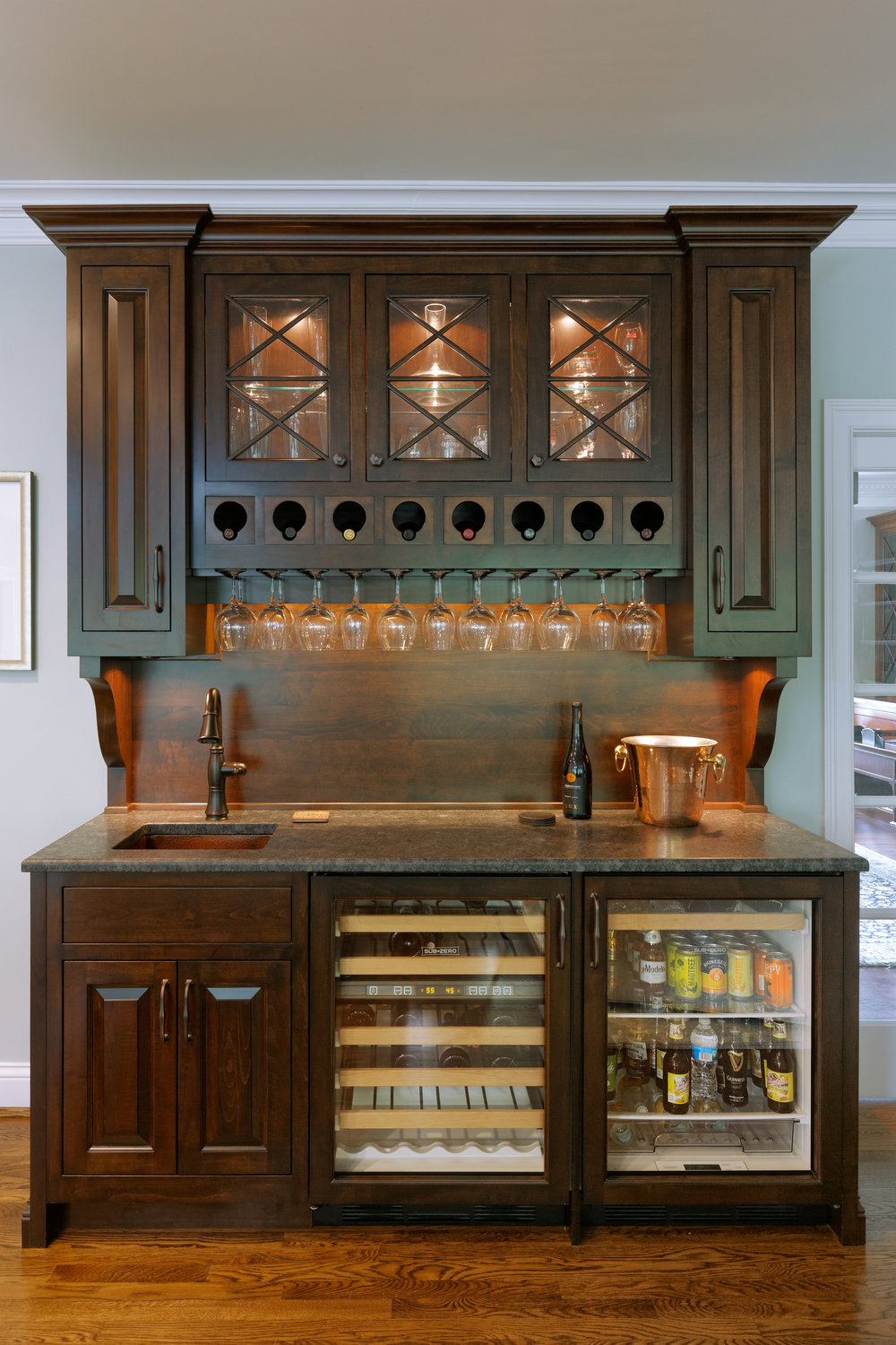 Kitchen Stand-Alone Wet Bar