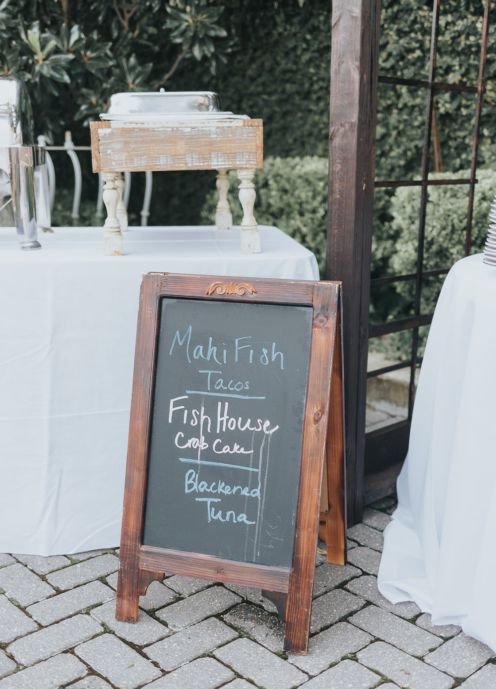 fish house wedding catering in 5eleven wedding venue in downtown pensacola