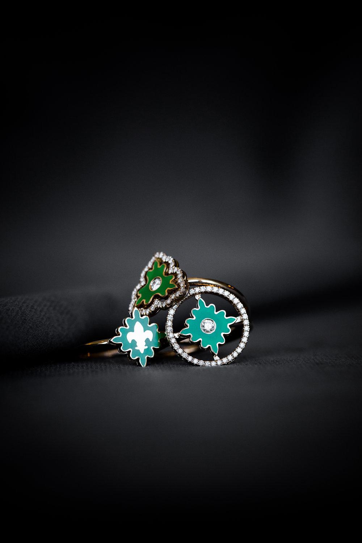 färgade smycken-1.jpg