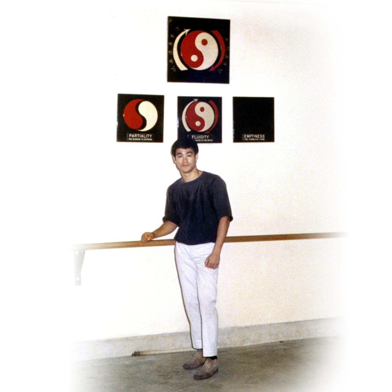 23 Yin Yang — Bruce Lee