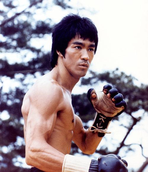 8e5b343192e8 Bruce Lee