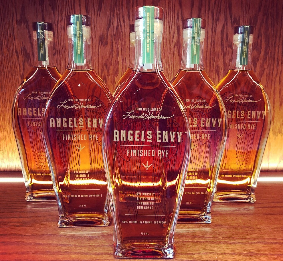 - Angel's Envy RyeSeason 1 | Episode 2Hosts Samara and Armond talk about the bourbon lifestyle, review a bourbon from both a female and male perspective and talk about upcoming bourbon events. On this episode, they review, share tasting and score Angel's Envy Rye.Today's show was sponsored by The New Orleans Bourbon Festival and the Executive Bourbon Steward Certification from the Stave and Thief Society.Produced by Beaux&Zel Productions.Edited and published by ABV Network.