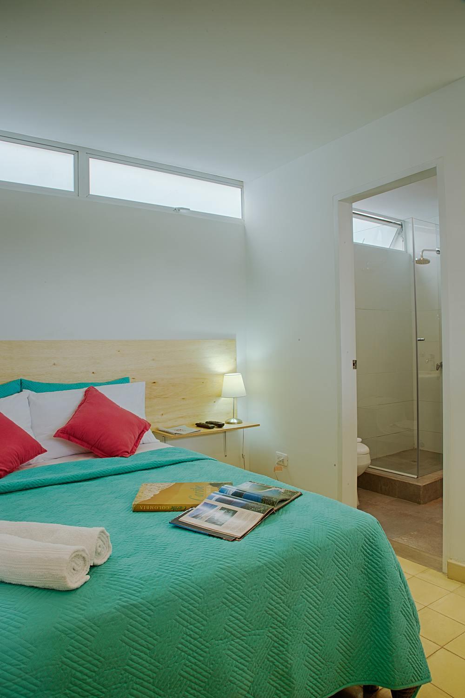 302-Bed.jpg