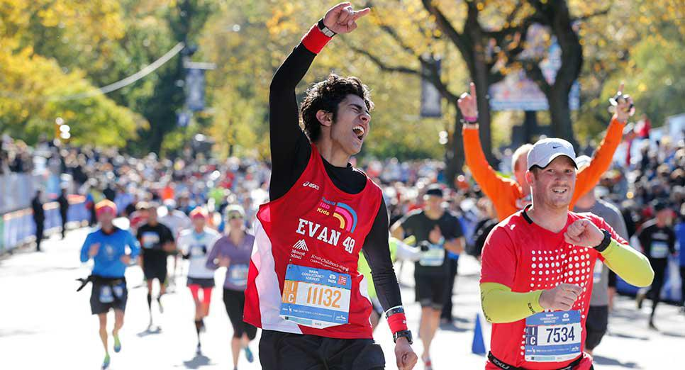 Alumnus Evan Wood (Sp'11) completes the NYC Marathon