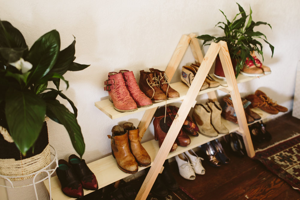 DIY Triangle Shoe Storage Shelf
