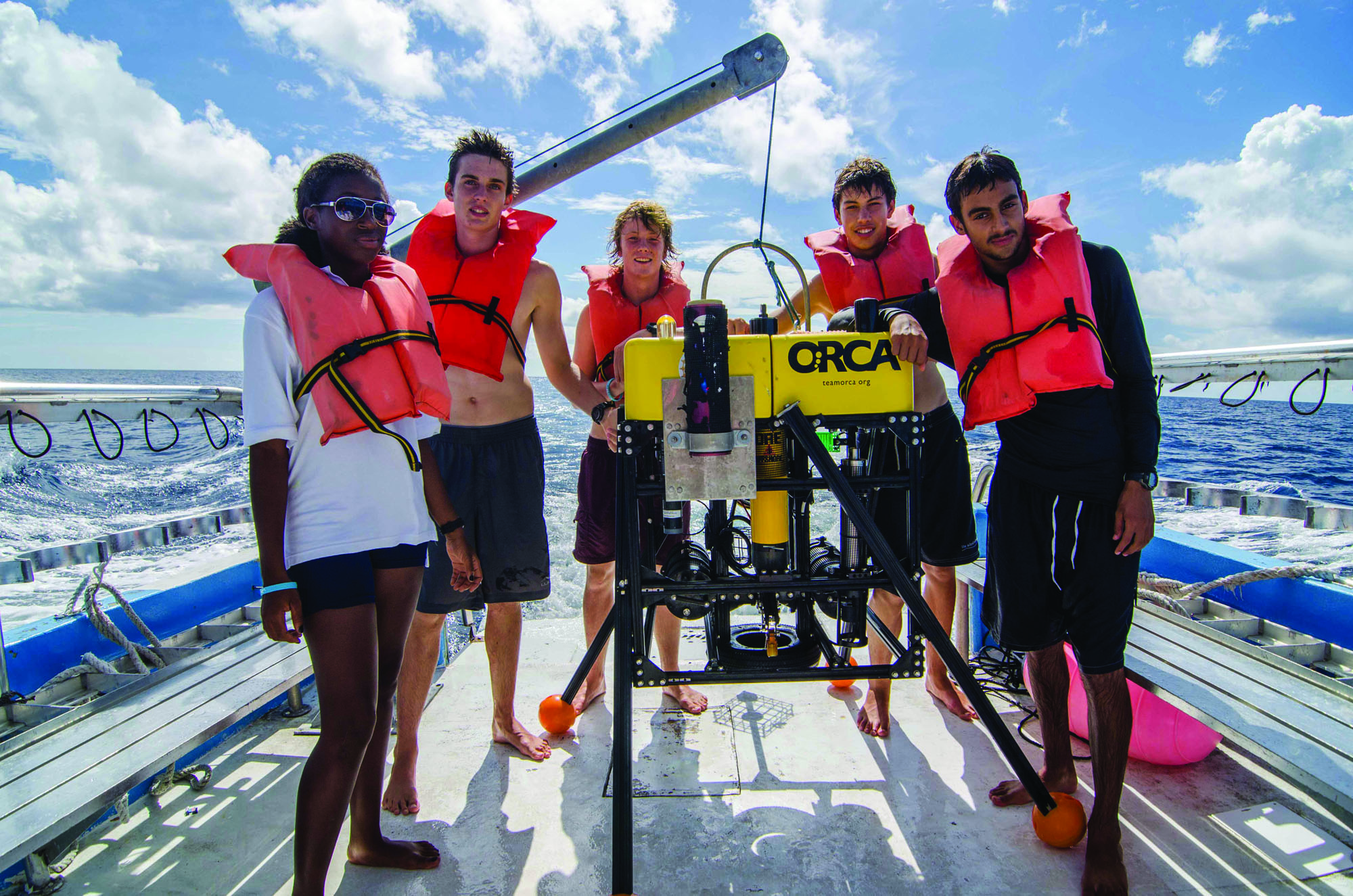 The Island School Deepwater Sharks Research Team with the Medusa