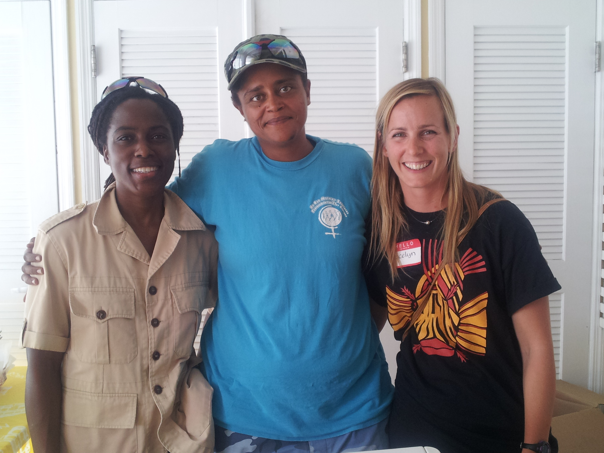 Dr. Curtis-Quick got to meet Erin and Tina from Seasonal Sunshine Bahamas, an organization that currently buys and sells lionfish in Nassau.