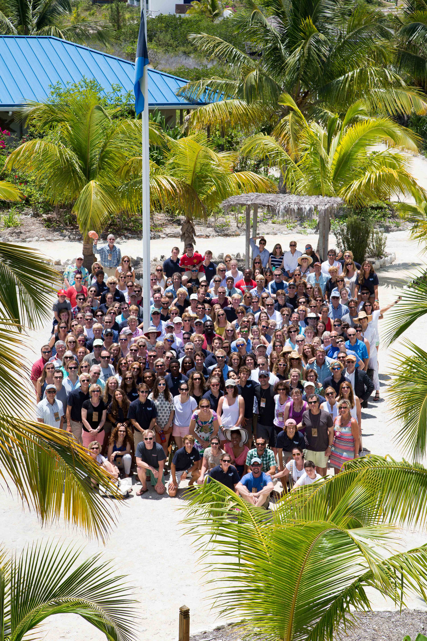 A group shot of The Island School students, staff, CEI researchers, and visiting parents.