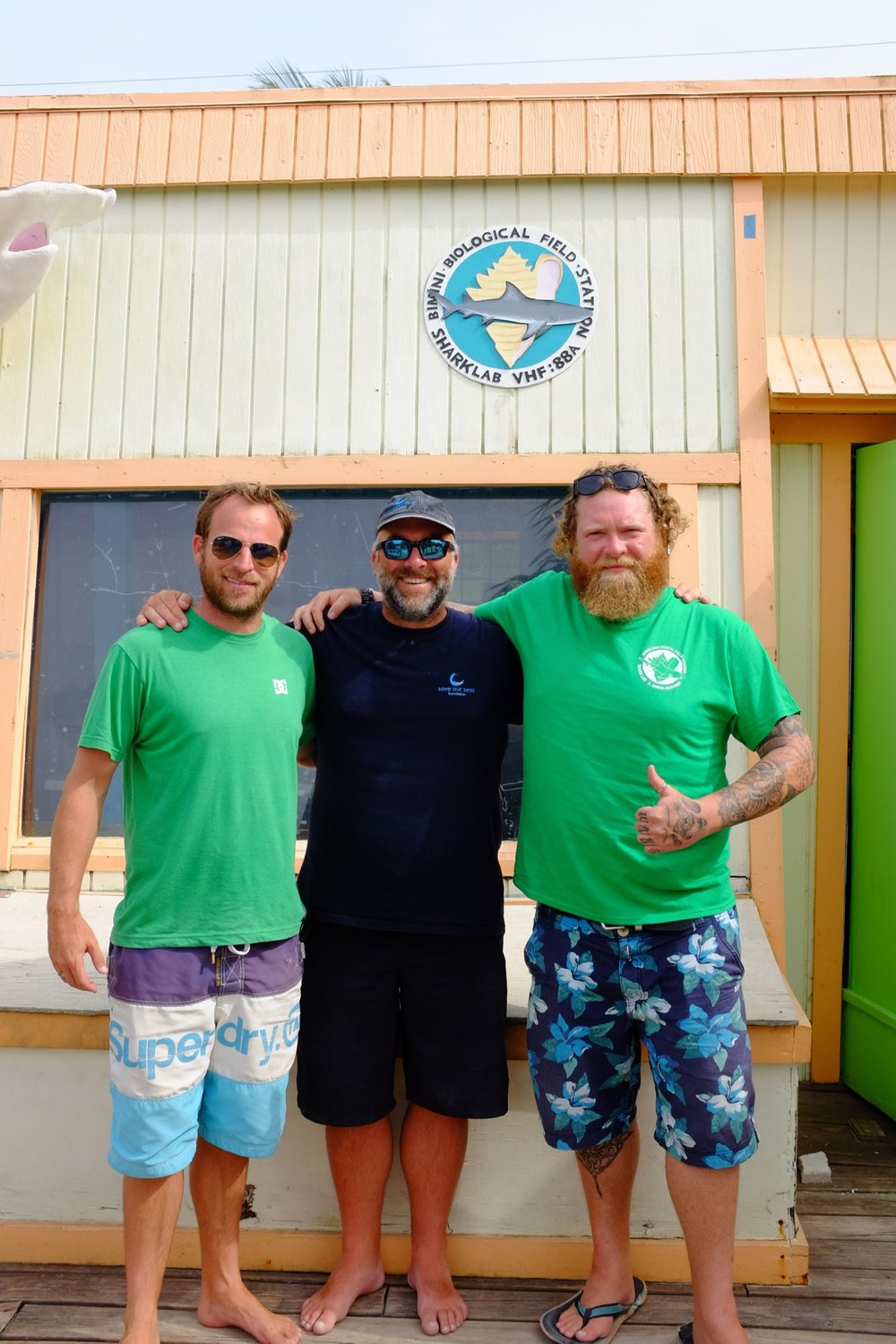 Dr Tristan Guttridge, Michael Scholl and Owen at Shark Lab