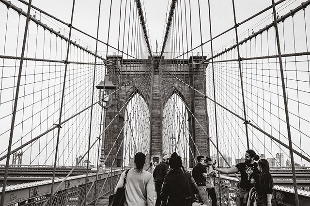 Another great one of the Brooklyn Bridge.  I just love the lines (and the couple taking a selfie).⠀ ⠀ ⠀ #urbanphotography #streetphotography #streetexploration #urbanandstreet ⠀ ⠀ #newjersey #newjerseyphotography #newjerseyphotographer #newjerseystreet #newjerseystreetphotography #newjerseystreetphotographer #newjerseydocumentary #newjerseydocumentaryphotography #newjerseydocumentaryphotographer #brooklynbridge #NYC #brooklyn⠀ #documentaryfamilyphotography #familyportraits #familyphotography #documentaryphotography #courtneyelizabeth #ordinaryhappilyeverafter #newjersey #newjerseyphotography #newjerseyphotographer #newjerseydocumentary #newjerseydocumentaryphotography #newjerseydocumentaryphotographer #newjerseyfamily #newjerseyfamilyphotography #newjerseyfamilyphotographer