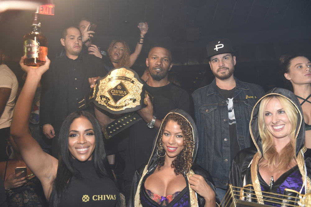 Talent Resources Sports was ringside in Las Vegas this weekend, partnering with Chivas Regal Whiskey at the celebrated Canelo v. GGG fight. TRS paired Academy Award-Winning Actor Jamie Foxx with the premium whiskey brand for a creative social media campaign and personal appearance.
