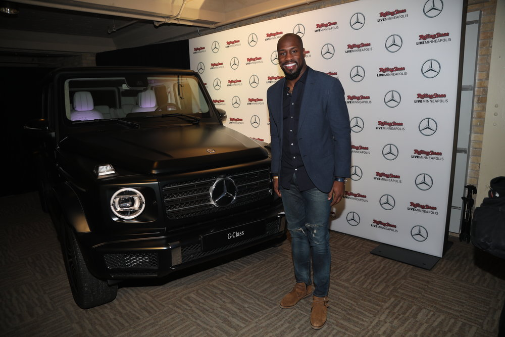 Vernon Davis at Mercedes-Benz activation
