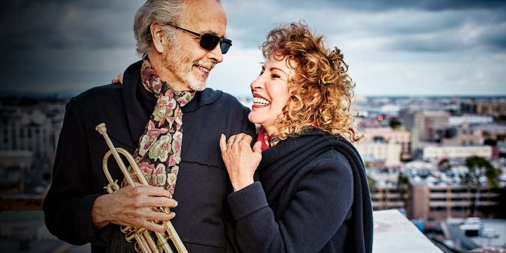 Herb Alpert & Lani Hall 爵士大师 - 定要知道的爵士乐大师Herb Alpert – 格莱美奖获得者,美国国家艺术与文学勋章获得者,数次获得Billboard最佳专辑大奖 .The jazz musician you must know – winner of Grammy Awards, Billboard Music Awards, and the National Medal of Arts.星期三10月3日 @7:30 pm  Wed. Oct. 3 @ 7:30 pm