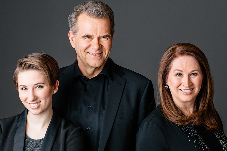 A CARPENTERS' CHRISTMAS - Special PresentationDecember 22, 2018 ● 7:30pmGrosvenor TheatreThe Creber Family with special guests perform festive classics by The Carpenters, from their best-selling holiday albums.