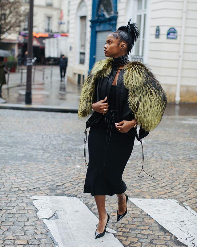 Paris fashion week recap 🖤 @brittanysky | 📸 @visualsbypierre | styled by @behindthelabel . . . . . . . . . . #pfw #pigalle #luxury #paris #fur #ysl #chicbug #blackbeetle