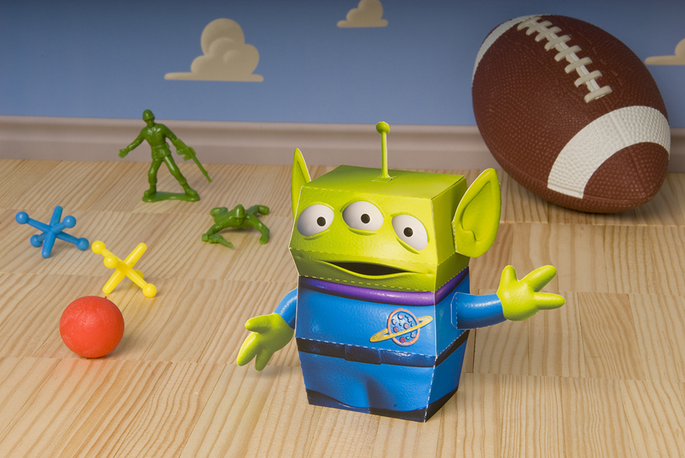 toy-story-alien-printable-photo-R-fs-DSC_0050.jpg