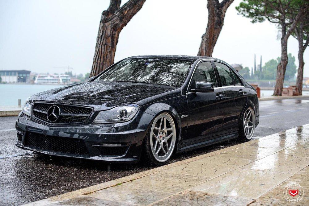 Mercedes Benz_C Class_LC-104_75708427.jpg