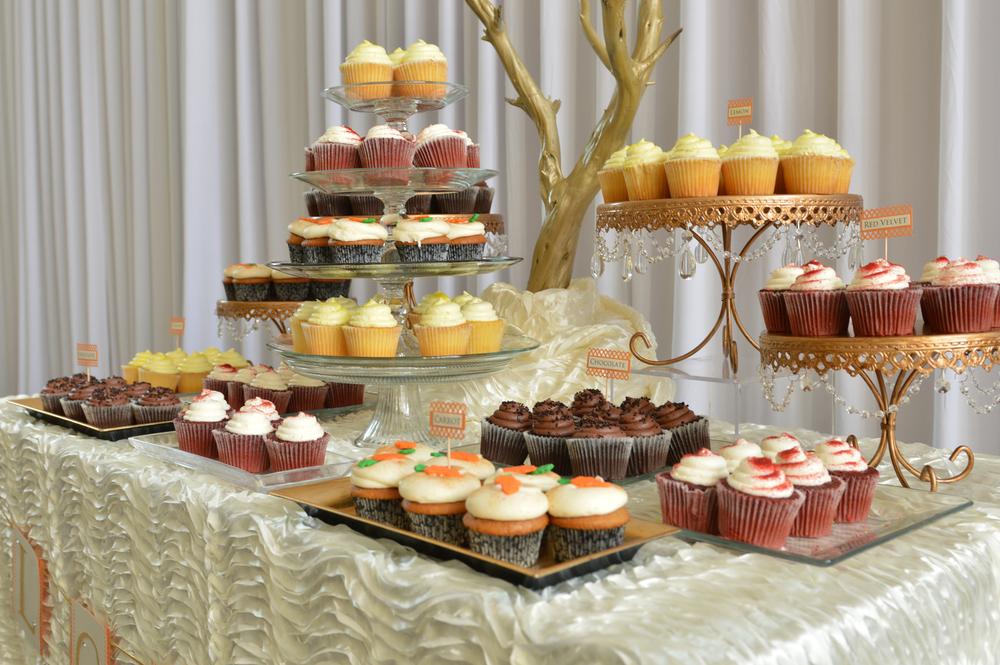 orange county wedding event planner dessert bar