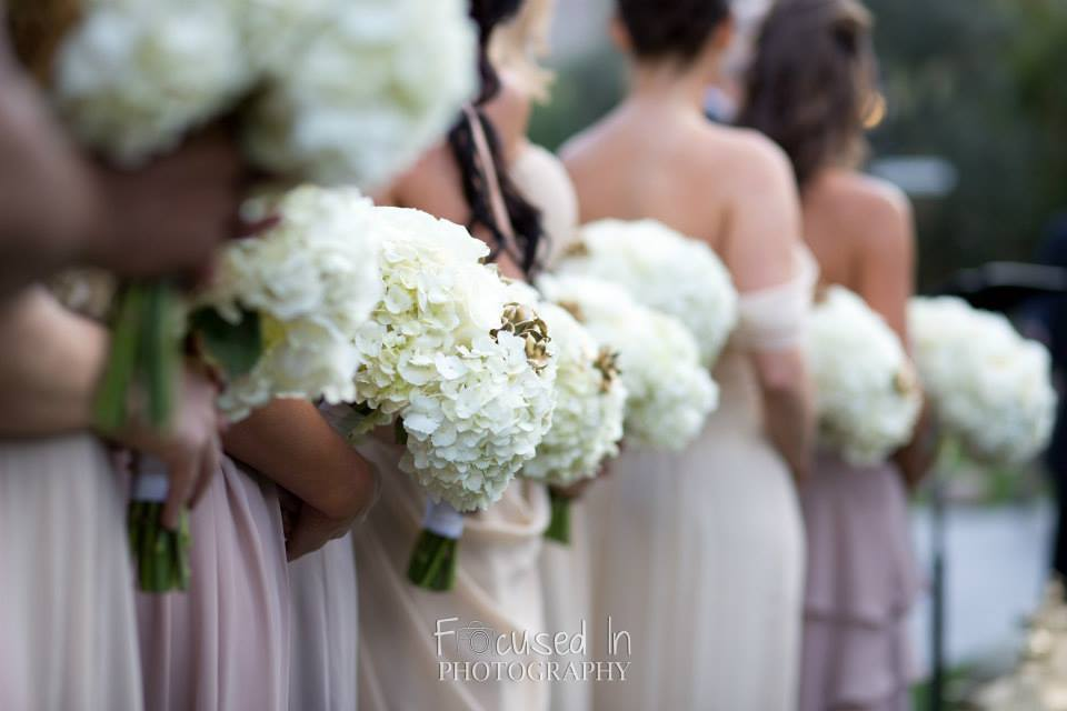 orange county wedding event planner bridesmaids flower bouquets