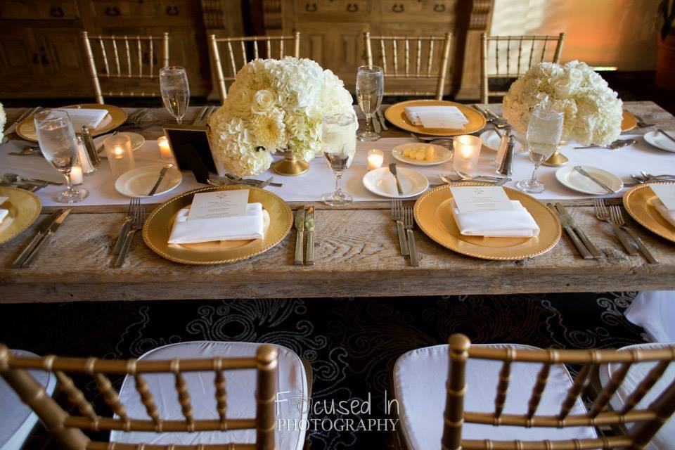 orange county wedding event planner dinner table wedding