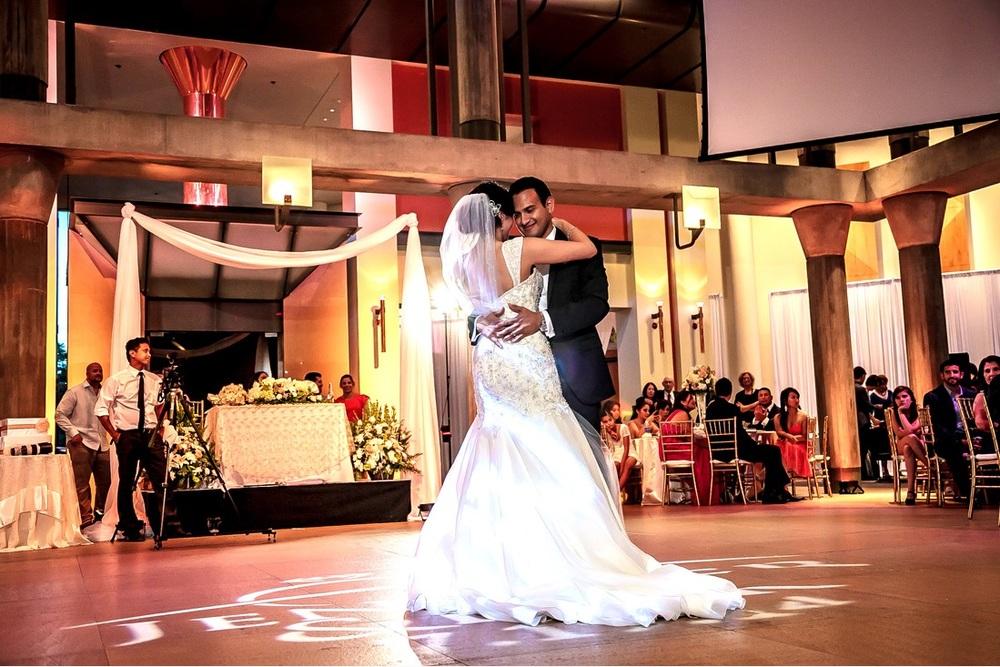 orange county wedding event planner dancing
