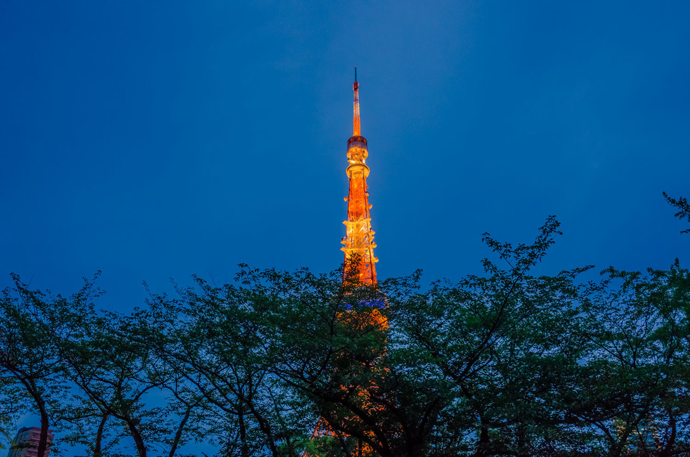 Tokyo Tower - taken from the rear deck of Zojoji in the early evening
