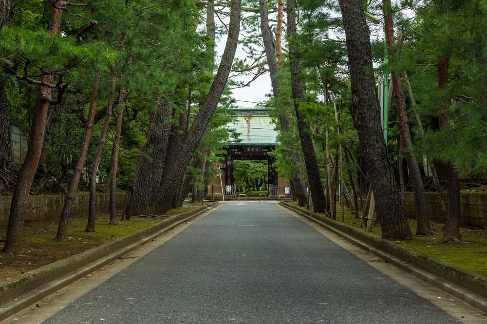 The entrance to Gotokuji