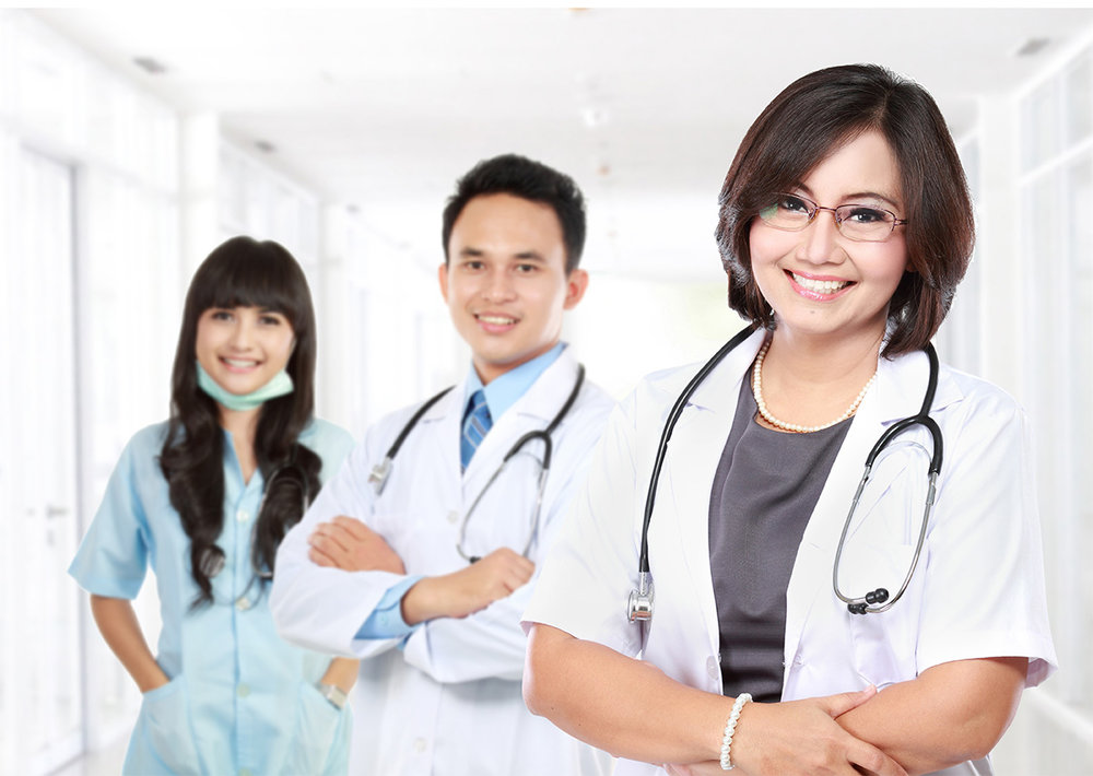 Smiling-medical-doctor-with-stethoscope-72res.jpg