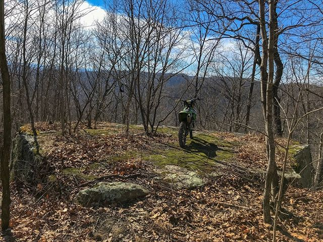 Take full advantage when it's 70* in February. * * #motoeveryday #motorcycle #moto #braap #motocross #dirtbike #dirtbikesarecool #offroad #enduro #kawasaki #kx250f #rmatvmc #southeastky #ridemoonshine #kytourism #myeastkyreborn #appalachia #kentucky #adventure #explore #getoutside #iphonephotography #lightroom