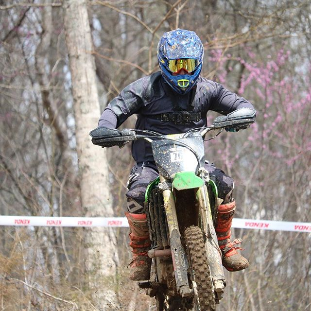 Don't matter how slow ya are if ya look [sorta] fast. @fullgasenduro at I-81 Motorsports Park was ridiculously fun. 📸 @lisa_babitz_photography * * #fullgasenduro #braap #moto #enduro #kx250f #kawasaki #harescramble #offroad #motocross #dirtbike #dirtbikesarecool #motoeveryday #readmeta #upshift_online #ridemoonshine #foxmoto #thumpertalk #vitalmx