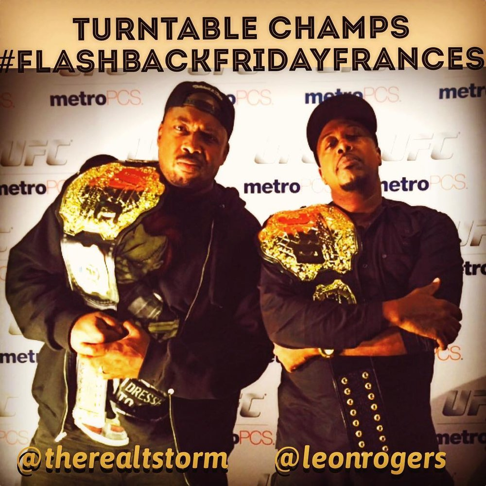 Tonight @leonrogers & @therealtstorm in the time machine!! #flashbackfriday #franceslounge #chicitymycity #chicago  (at Chicago's Southside)