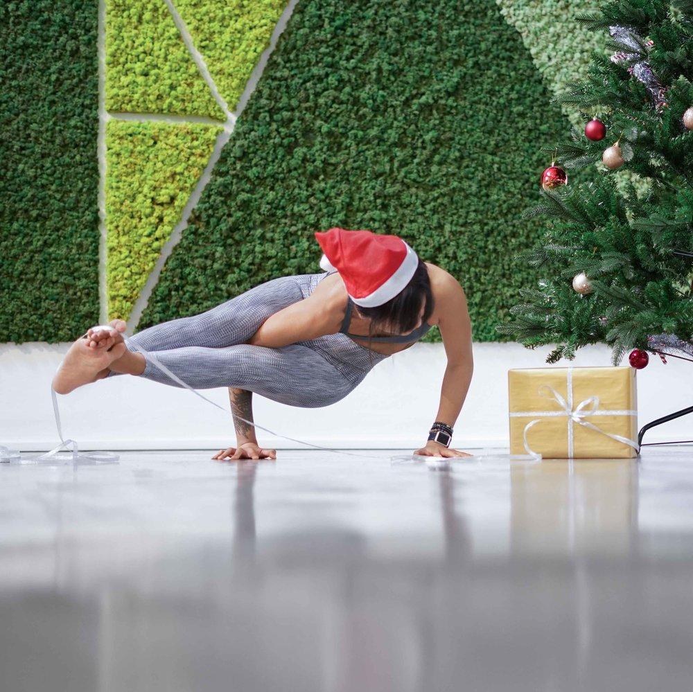 Freedom_Yoga-Social_Media_Images-December-UNIFORM-27112018-10.jpg